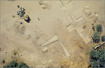 Aerial photograph at the end of the 1998 season of excavation at Grid 10, south of the Great Palace