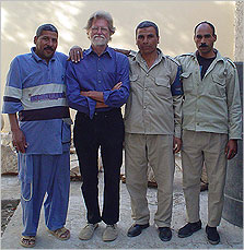 Barry Kemp (2nd from left) and friends at Amarna.